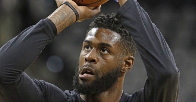 Wife of Clippers' Reed wants domestic battery charge dropped