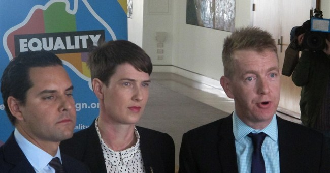 Australia's ruling party meets to resolve gay marriage rift