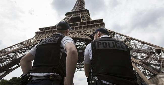 Would-be Eiffel Tower attacker undergoing psychiatric exam