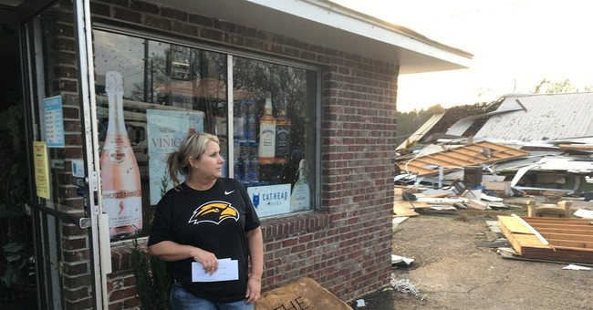 4 dead mourned in Mississippi storm as living begin recovery