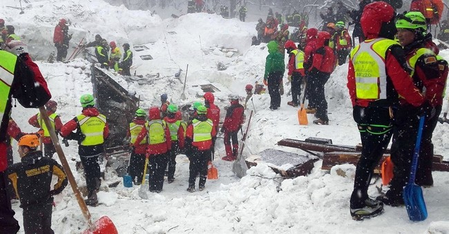 Avalanche survivors: sipping tea, then world crashed down