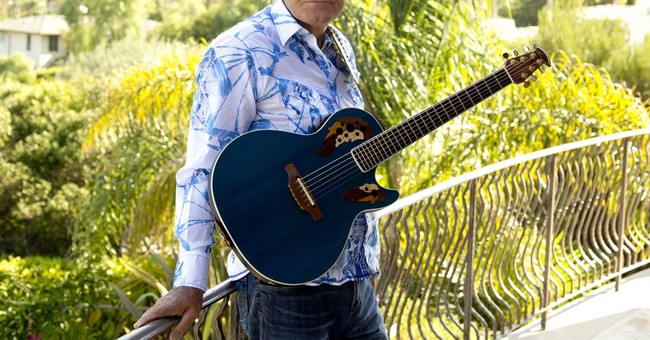 Reaction to the death of superstar entertainer Glen Campbell
