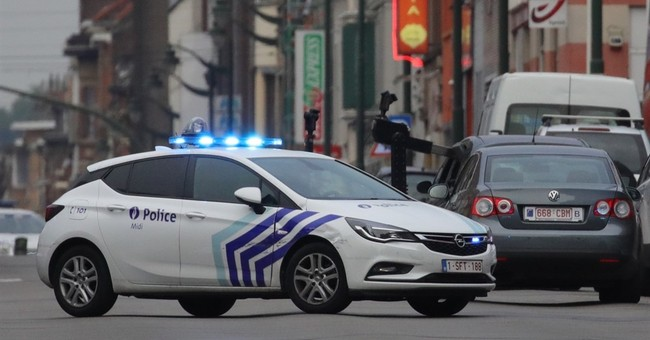 No explosives found in car halted by Brussels police