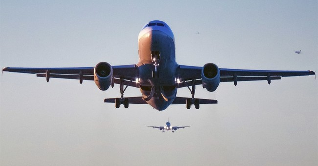 US airlines bump fewer passengers after dragging backlash