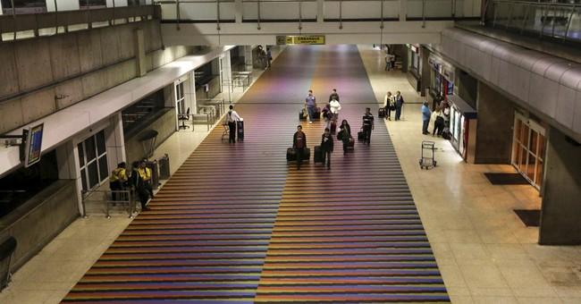 Traveler shot dead at ticket counter in Venezuelan airport