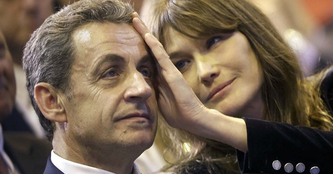 French president Macron wants to give a role to his wife