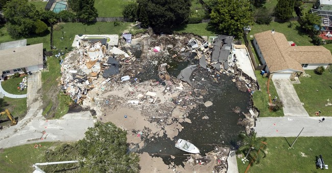 Florida sinkhole might force condemnation of more homes