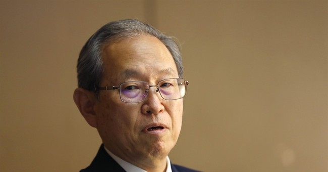 Toshiba gets auditors' signoff, avoiding delisting for now