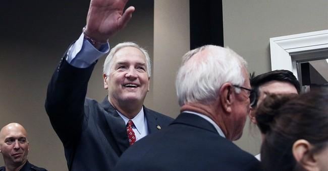 Group tied to Trump backs Strange in Alabama's Senate race
