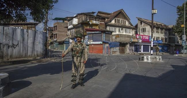 3 rebels, 2 Indian soldiers killed in Kashmir fighting