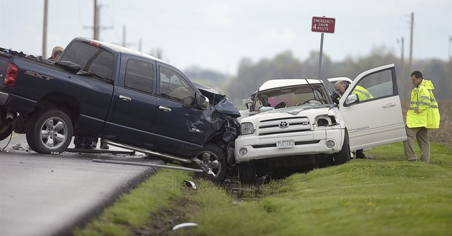 Safety council: Motor vehicle deaths dip slightly in 2017