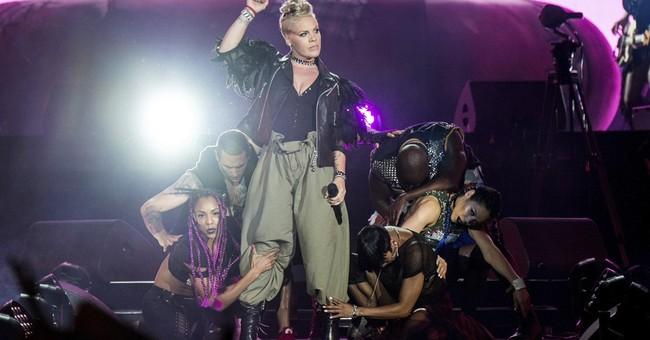 Pink to get Michael Jackson Video Vanguard Award at MTV VMAs