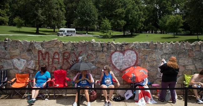 $28.75 charge to visit Elvis' grave during vigil upsets fans
