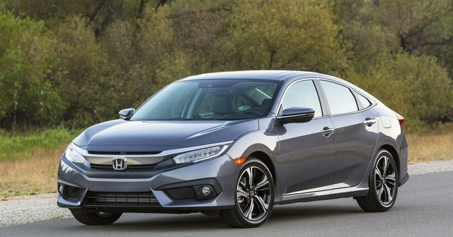 Edmunds: Many car buyers make wrong turn on financing