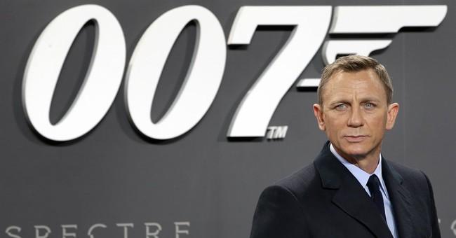 Daniel Craig, back as Bond, keeps 007 fans on edge