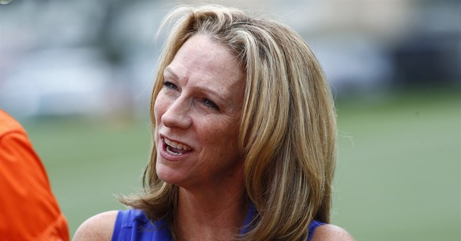 Beth Mowins debuts in NFL play-by-play for CBS on Sept. 24