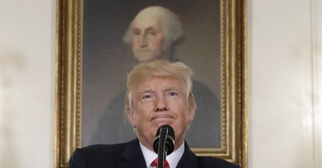 Scholars say Trump went afoul in lumping Lee with founders