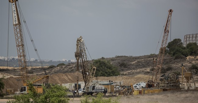 Israel builds underground wall after Gaza tunnel trauma