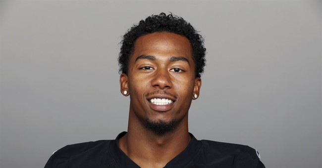 Oakland Raiders cornerback Sean Smith faces assault charge