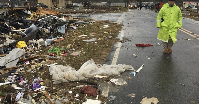 Despite tornado threat, shelters rare for mobile home parks