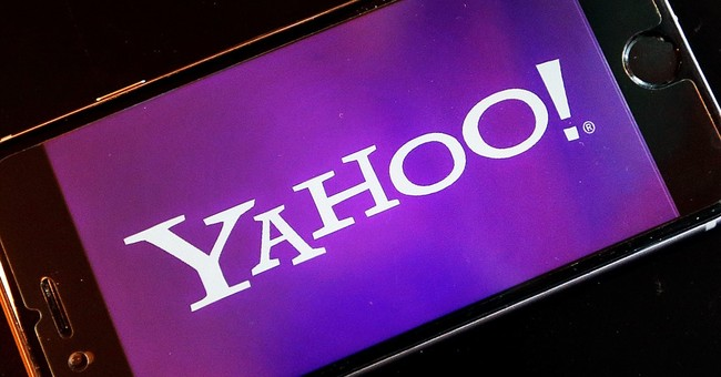Yahoo's 4Q shows modest strides amid security breach fallout