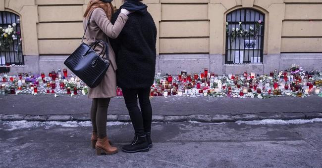 Hungary: Teacher hailed for saving lives in fiery bus crash