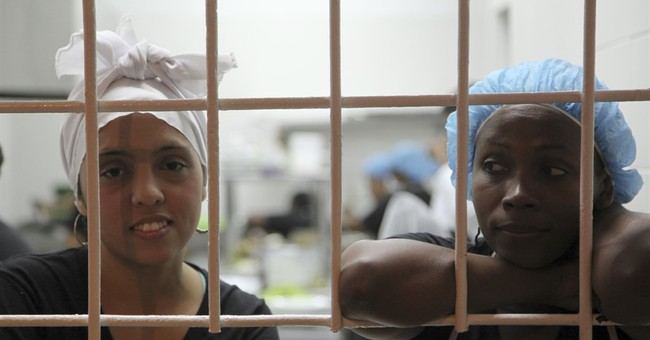 In Colombia, gourmet meals worth going to jail for