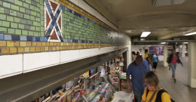 NY subway tiles with Confederate flag look to be altered