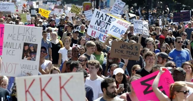 'Free speech rally' cut short after massive counterprotest