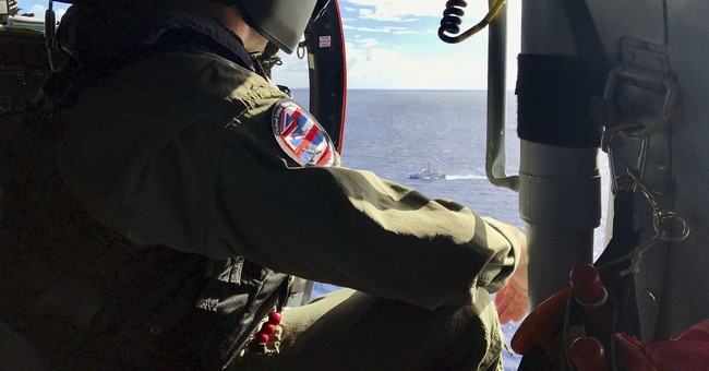 Rescuers expand search for Army helicopter crew in Hawaii