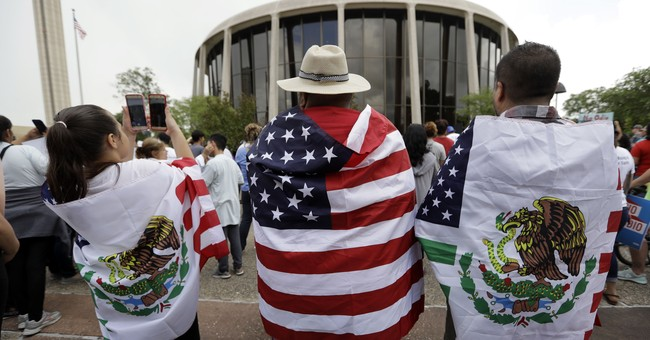 Bad immigration lawyers hard to find, harder to stop