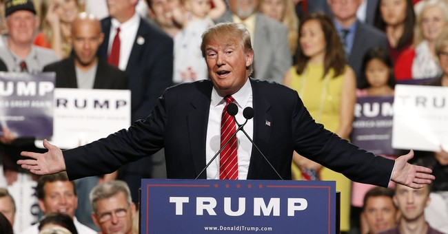 Trump returns to Arizona _ and a chaotic political landscape