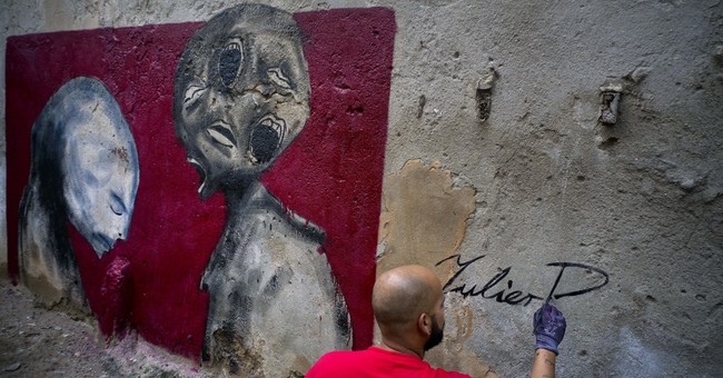 Artist 'Yulier P' detained in Cuba, told to erase murals