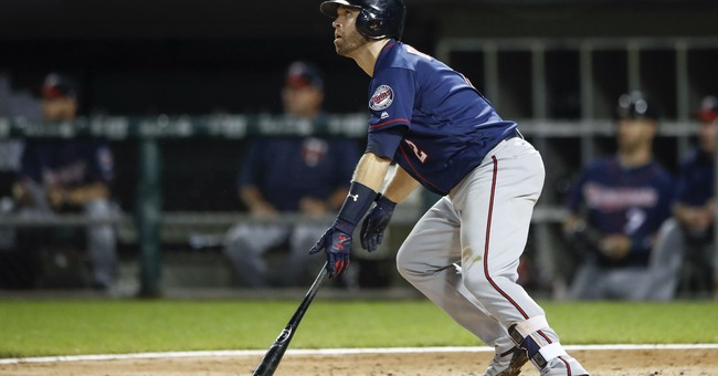 Polanco hits 3-run HR in both games, Twins split with WSox
