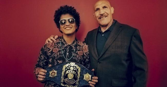 Bruno Mars meets source of nickname: Bruno Sammartino