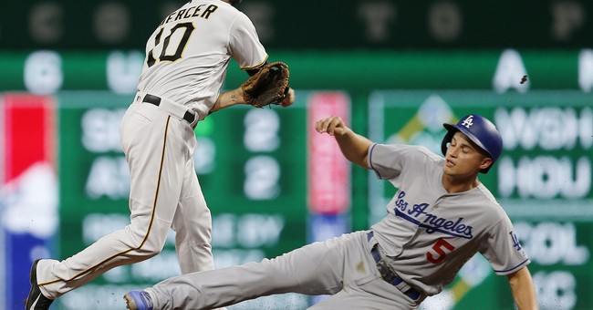 Hill loses no-hit try on HR in 10th, Pirates top Dodgers 1-0
