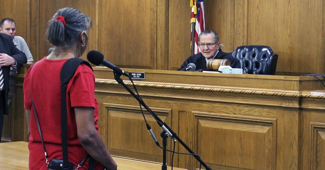 Justice is kind, and viral: Folksy judge, 80, becomes a star