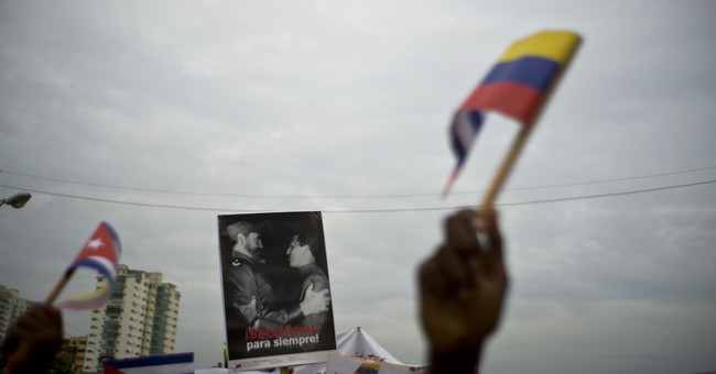 Trump Signs Sanctions Aimed Squarely At Venezuelan Government