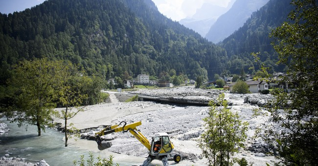 New mudslide hits Swiss Alpine village; 8 remain missing