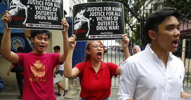 Philippine police face murder complaints over drug killing
