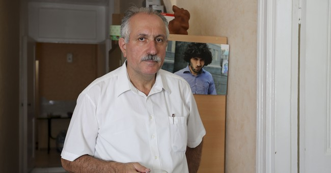 Independent news agency chief in Azerbaijan arrested