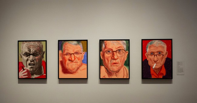 Artist David Hockney gives close-up look at self in exhibit