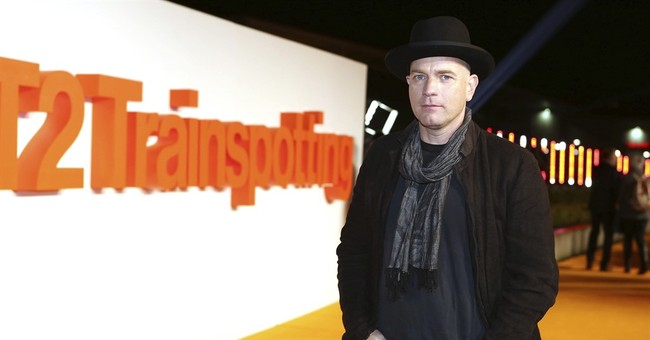 Trainspotting's Ewan McGregor snubs Piers Morgan over march