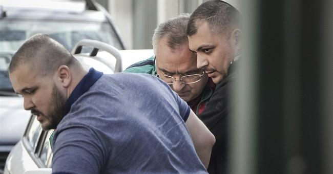 Wealthy Romanian businessman jailed for bribing judges dies