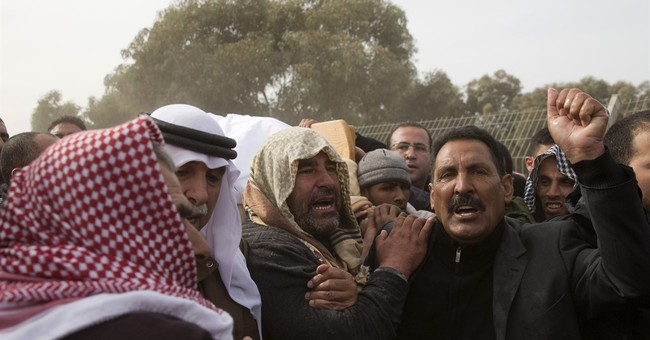 Thousands attend funeral of Israeli Arab killed in clash