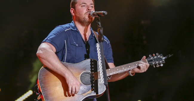 Country star Chris Young donates $100,000 to disaster relief
