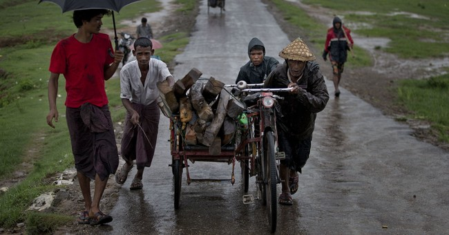 Former loyalists lose faith in Myanmar's democracy icon
