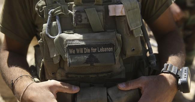 US airstrikes block evacuation of Islamic State militants