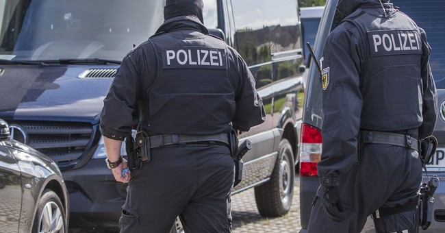 German pair suspected of compiling 'kill list' of leftists