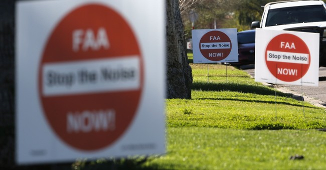 Ruling overturns FAA rerouting of Phoenix flight paths